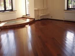 Готовимся лакировать деревянный пол
