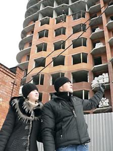 Как приобрести жилье: вступить в долевое строительство или взять кредит в банке