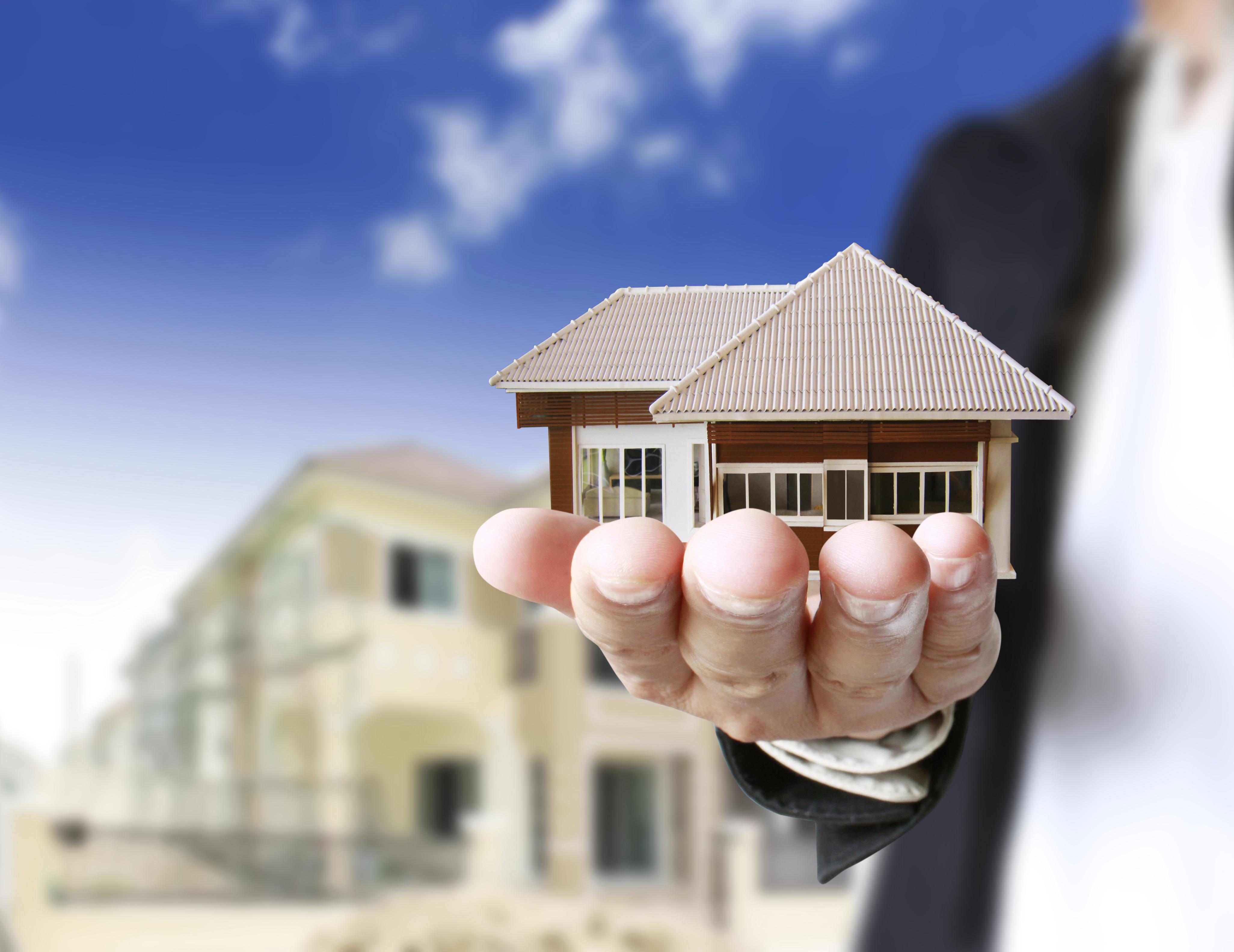 Какие факторы влияют на оценку недвижимости предприятия?
