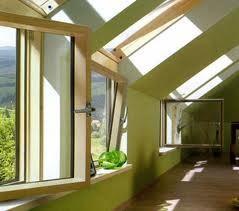 Особенности и монтаж карнизного окна