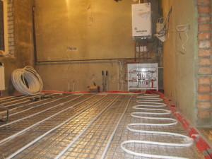 Услуги частного электрика по монтажу теплого пола