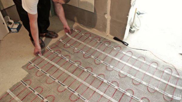 remont vannoj komnaty jelektricheskij teplyj pol 1